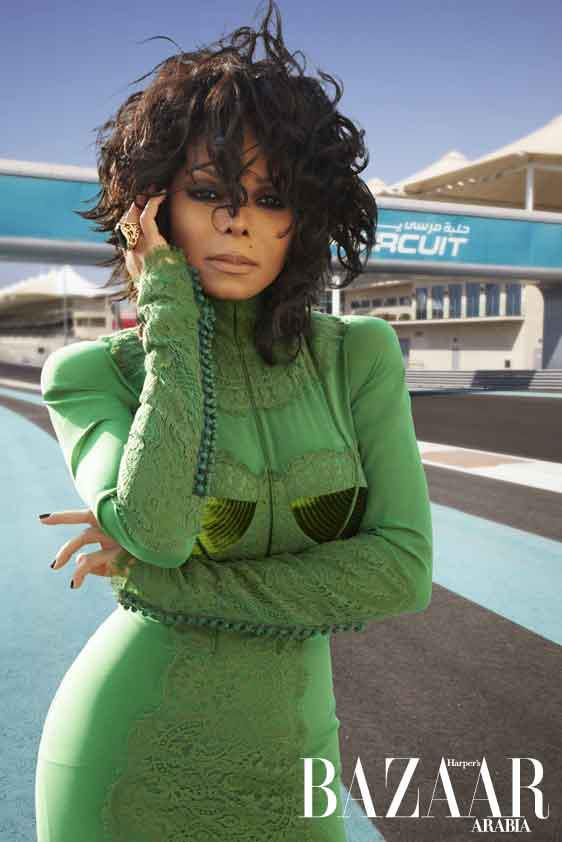 Bella Sassy     Yes, Ms. Jackson   Isn't she beautiful? The legendary Janet Jackson lights up the cover of Harper's Bazaar Arabia for the November 2011 issue.    Doin' it with class 'cause we got a lot of SASS, join us!      Sassy Nation     http://sassynation.tumblr.com     http://www.facebook.com/TheSassyNation     http://twitter.com/#!/SassyNation