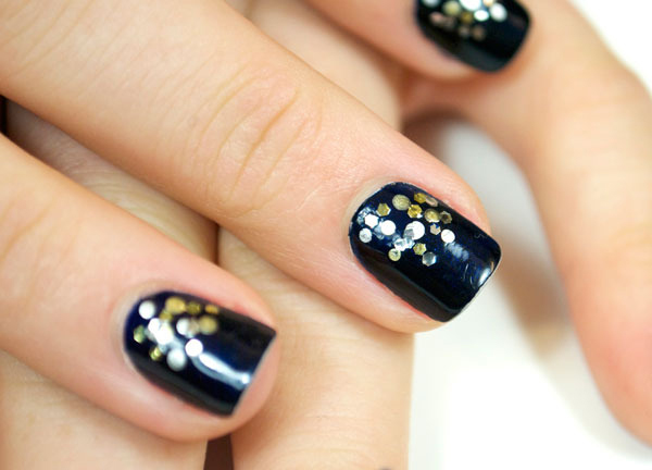 Sassy Nails via beautylish: We've been seeing a trend in spots and dots on nails this season! So we made our own manicure. Check out this easy Midnight Metallic manicure for a glam night out! Join Sassy Nation and stay on top of all things fab! http://sassynation.tumblr.com http://www.facebook.com/TheSassyNation