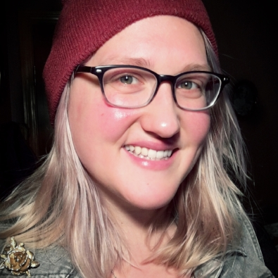 Caitlin Obom  is a writer, performer, and videographer from the Seattle area. Her work has been performed at Seattle Fringe Festival, Bumbershoot, and Sketchfest Seattle.