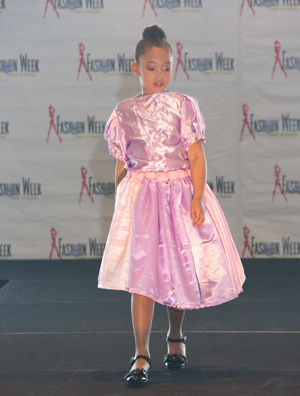Kids Day Runway 2018-21.jpg