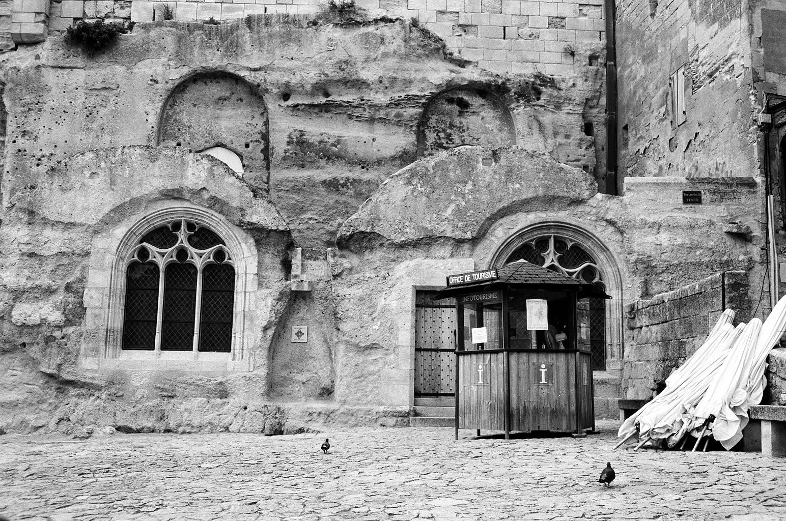Deserted square in St Emillion