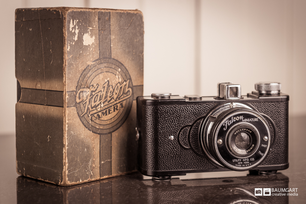 falcon_miniature_vintage_camera_jeff_baumgart.jpg