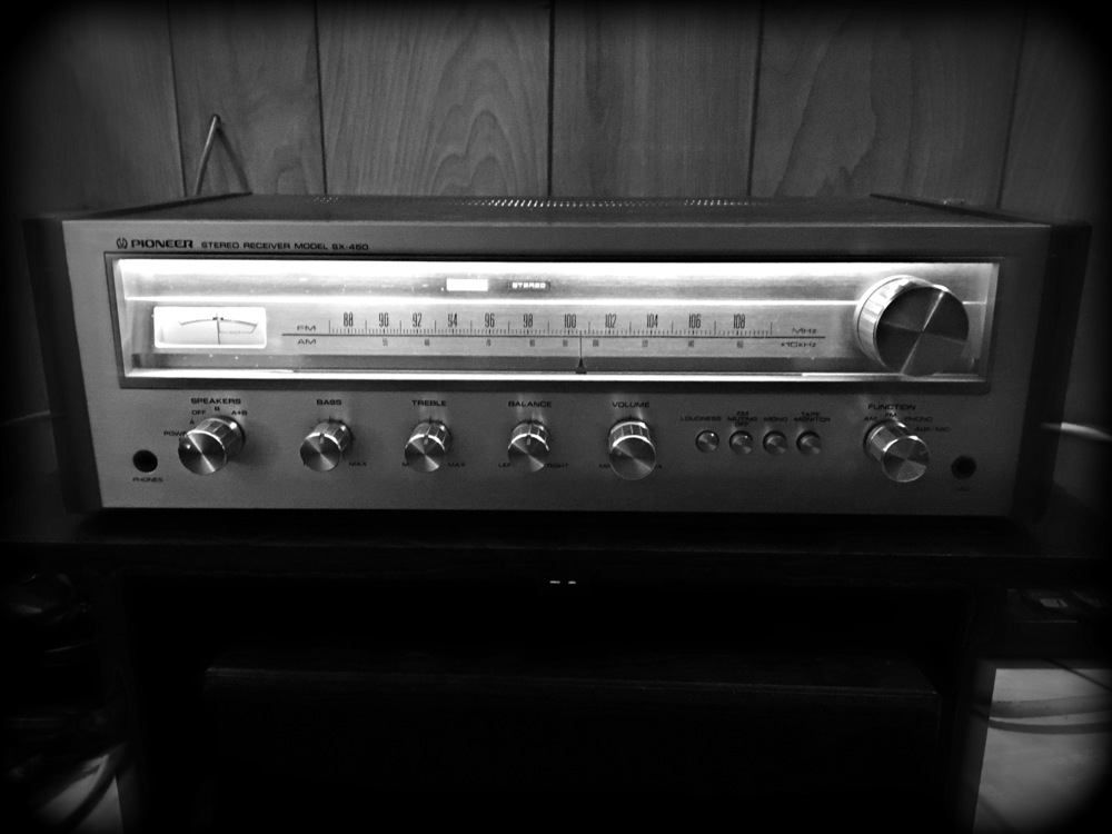 Horrible iPhone picture of my new/old Pioneer SX-450 receiver.