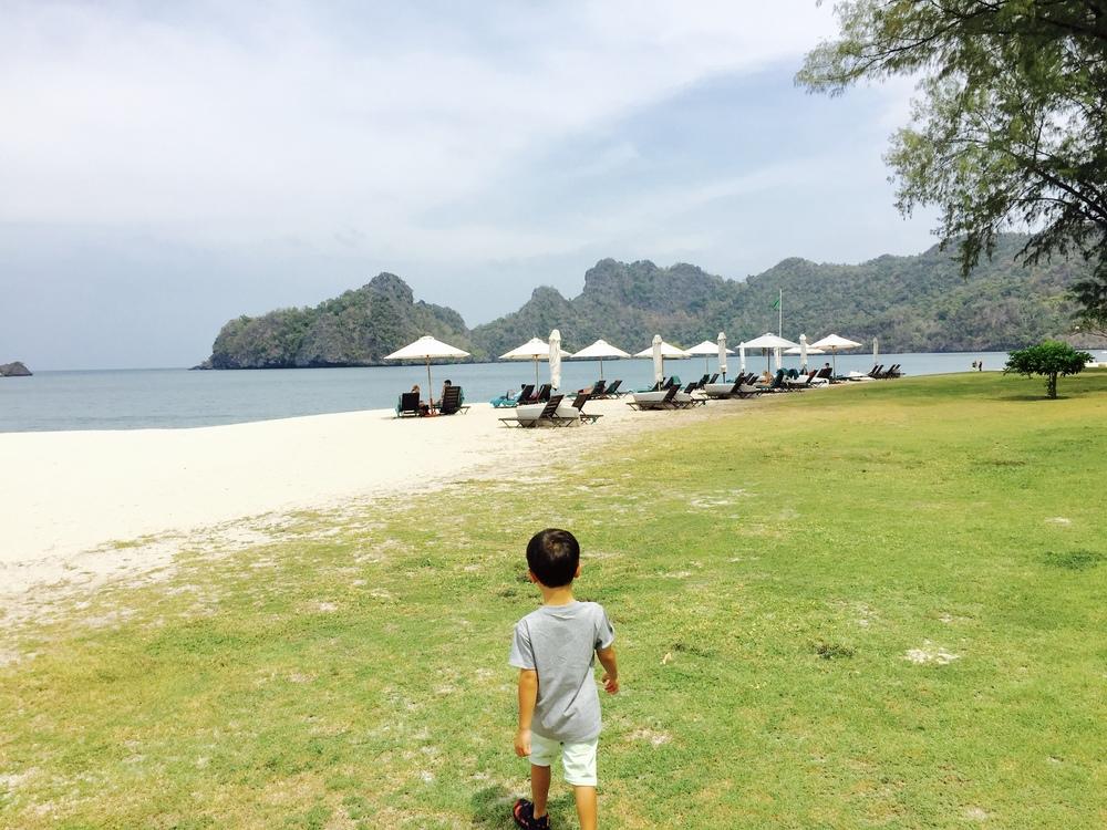 Batik&Bubbles_Tanjung Rhu stomp