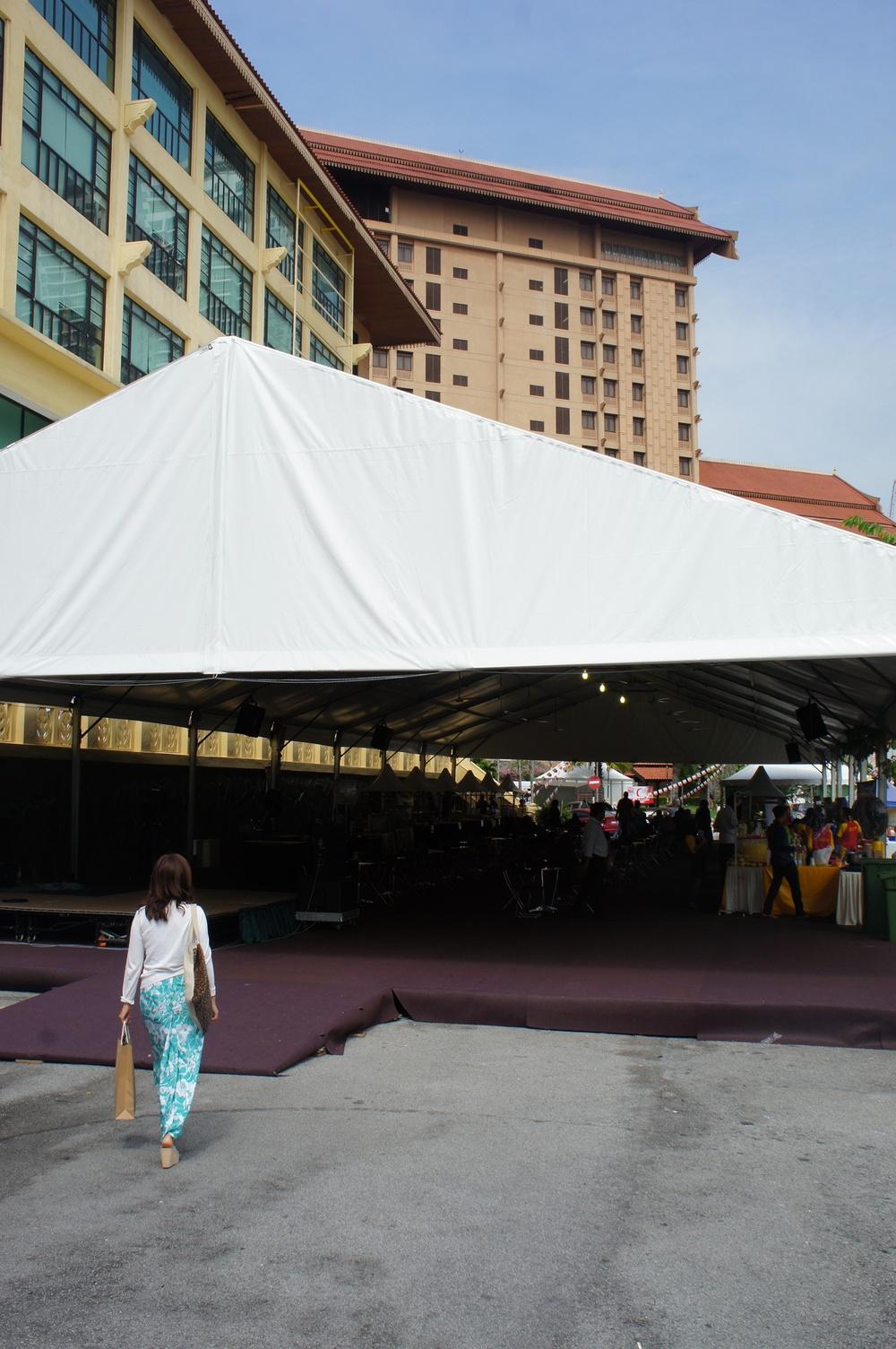 Batik&Bubbleshkk2016 food tent