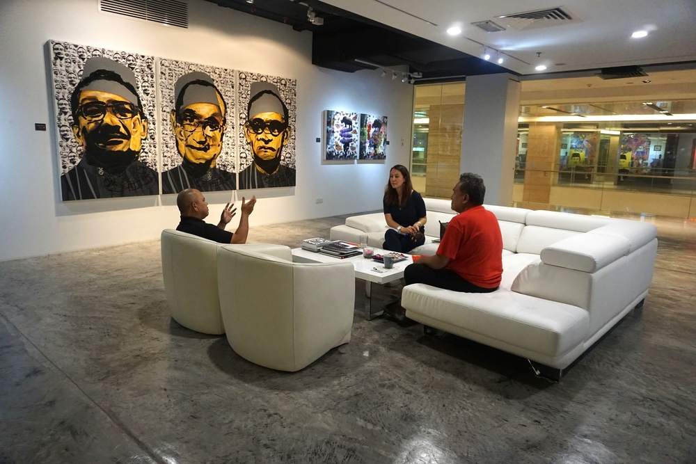 During the interview at Artcube in the Intermark with Azhar Ahmad and Suhaimi Fadzir.