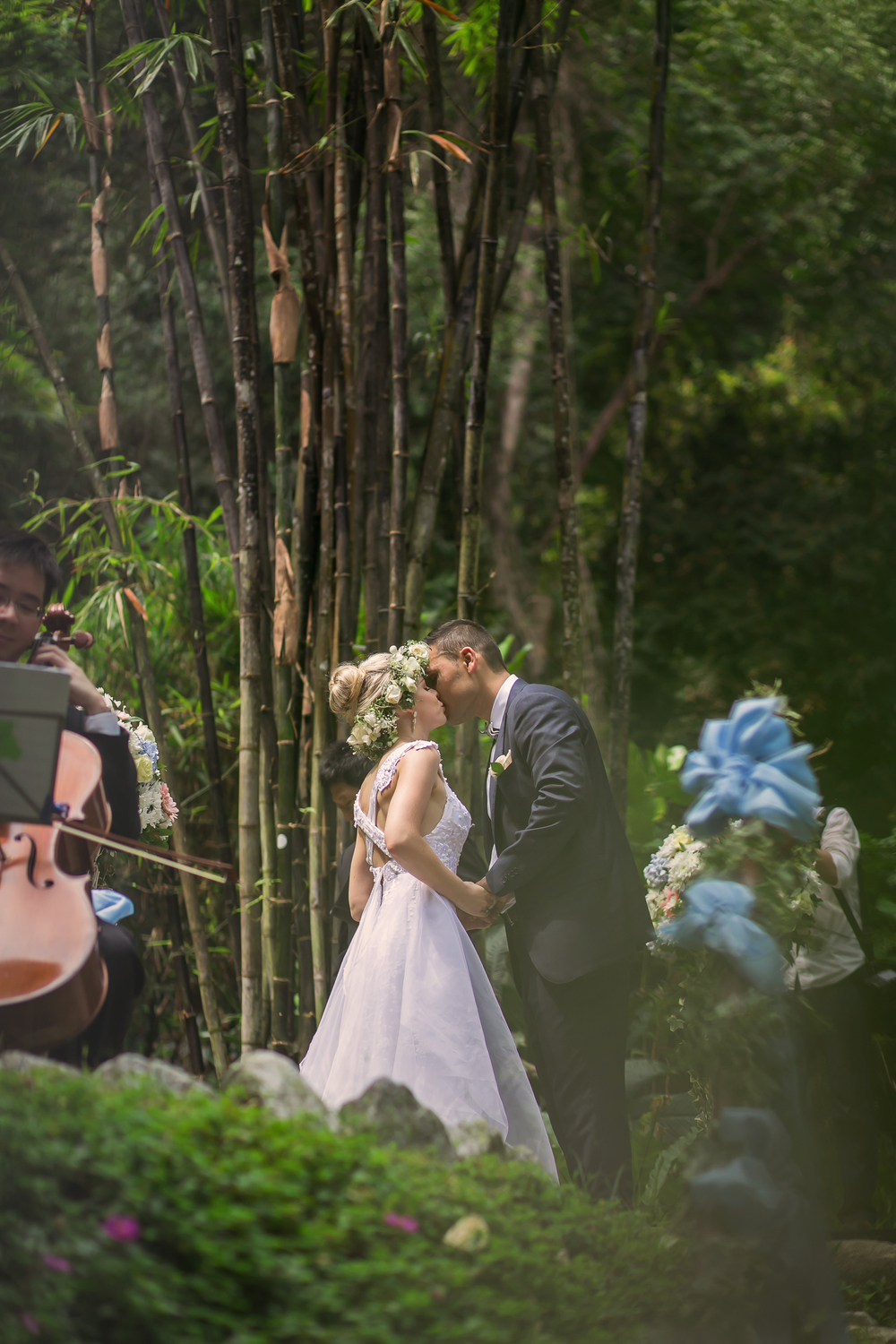 One of the very many spectacular weddings held at Tropical Spice Garden - what a romantic spot! (Picture courtesy of Tropical Spice Garden)