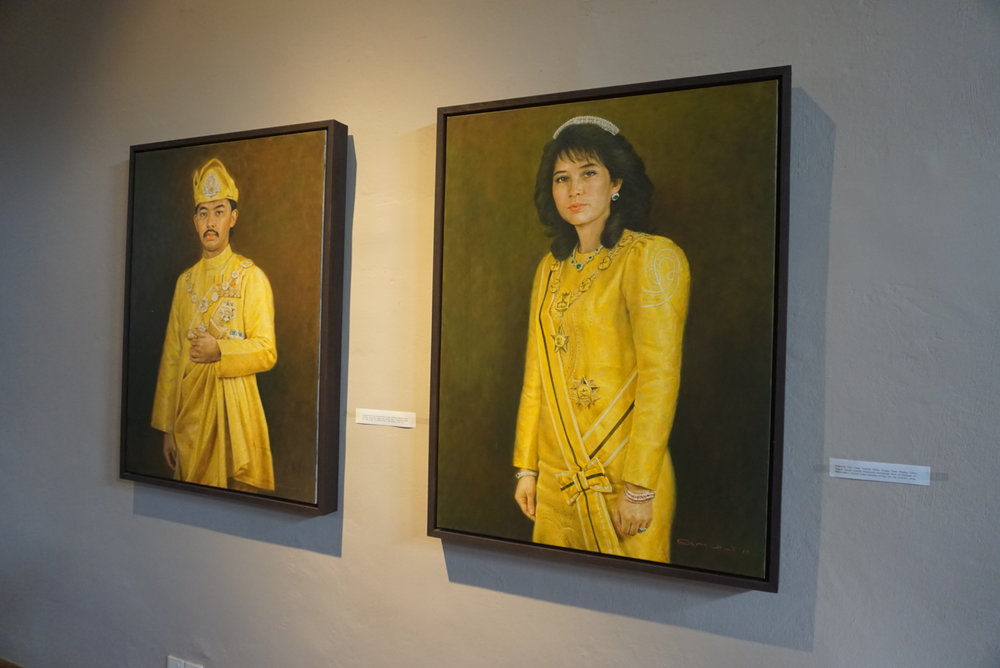 Portraits of the Crown Prince and Crown Princess of Pahang.