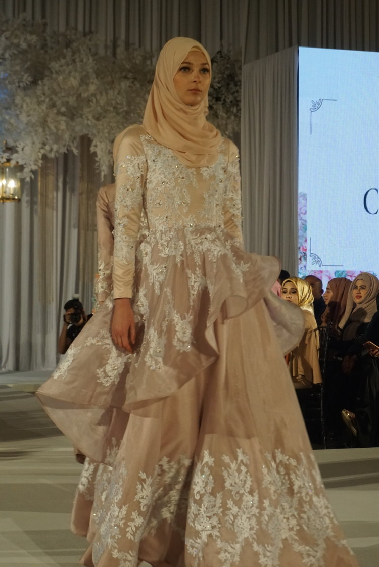 The Wedding KL 2017 ~ Malaysian Bridal Couture! — Batik & Bubbles