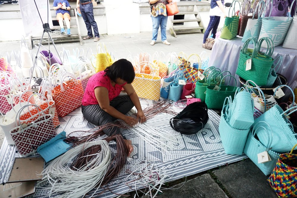 A demonstration of how these baskets are woven