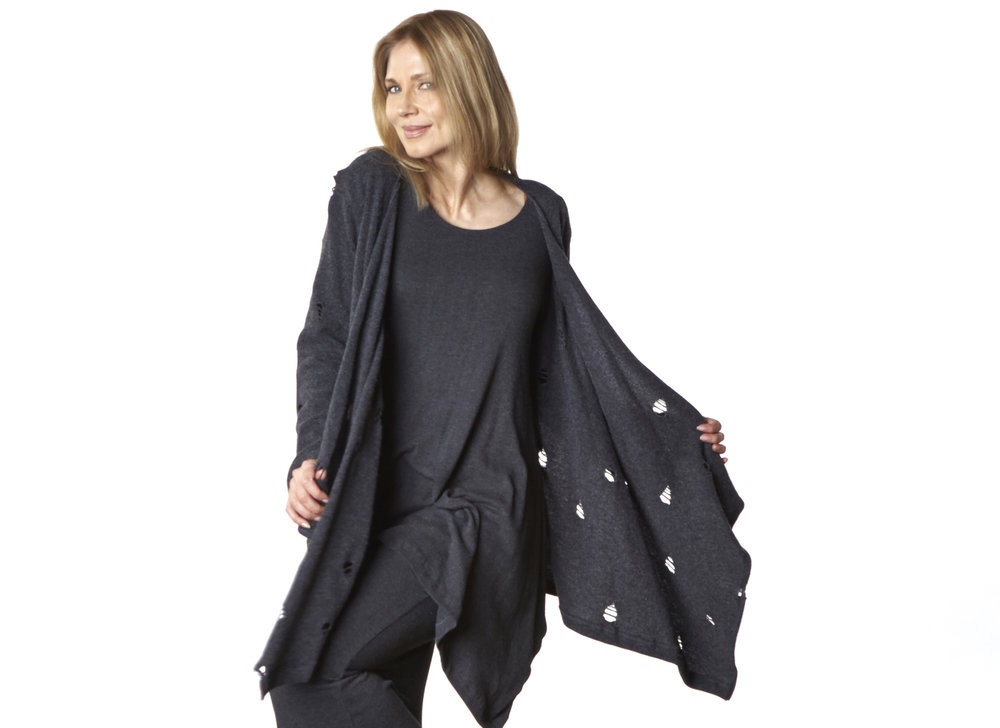 Liza Cardigan in Grey Ready for Godot, Nahla Tunic, Slim Skirt in Grey Viscose Jersey