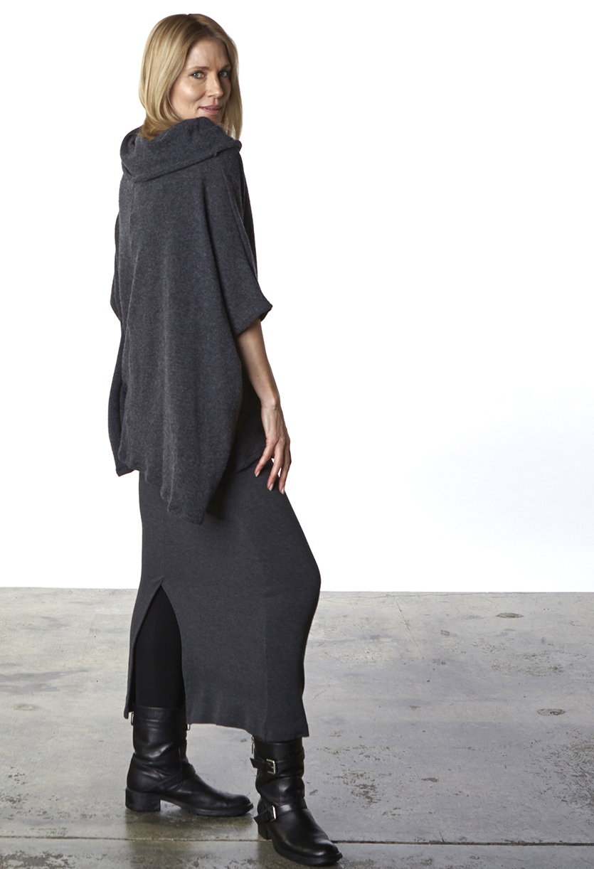 Alan Sweater in Grey Wool, Slim Skirt in Grey Viscose
