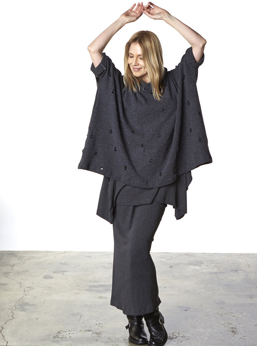Cowlneck Poncho in Grey Ready for Godot, Nahla Tunic, Slim Skirt in Grey Viscose Jersey