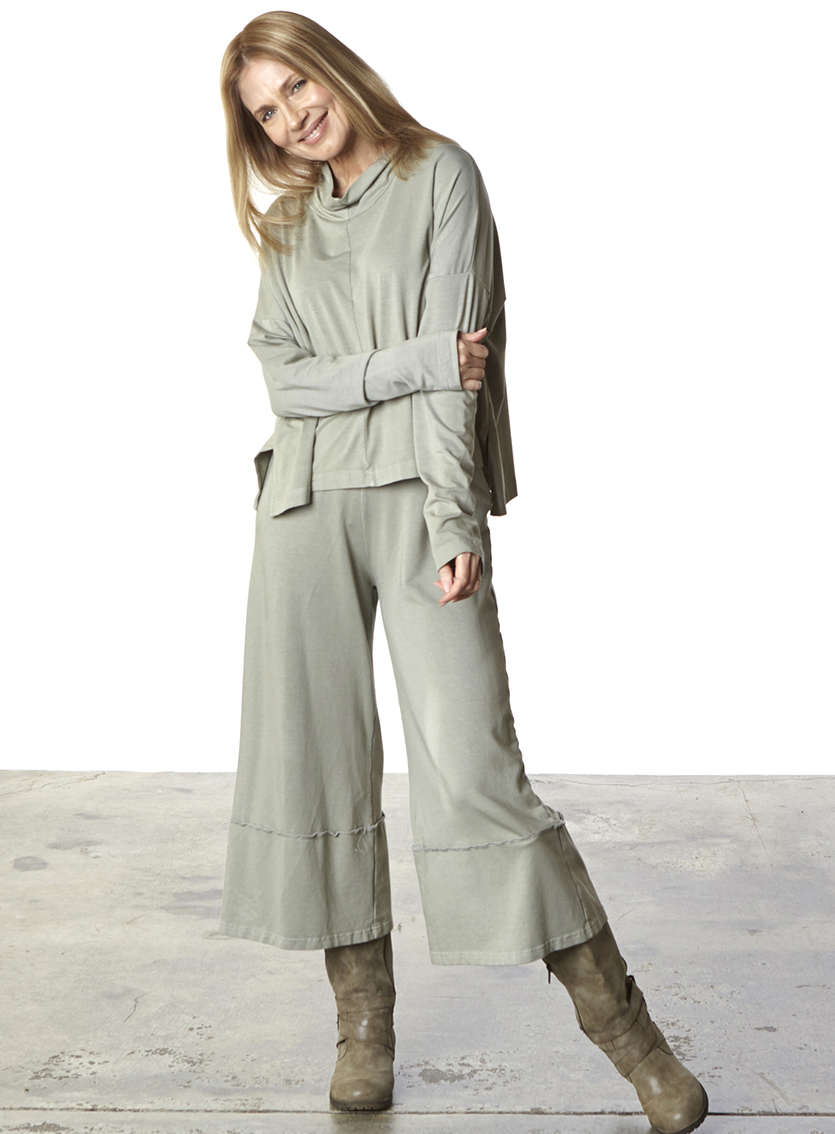 Crop Full Pant in Quiver, Taos Shirt in Quiver Organic Bamboo Cotton