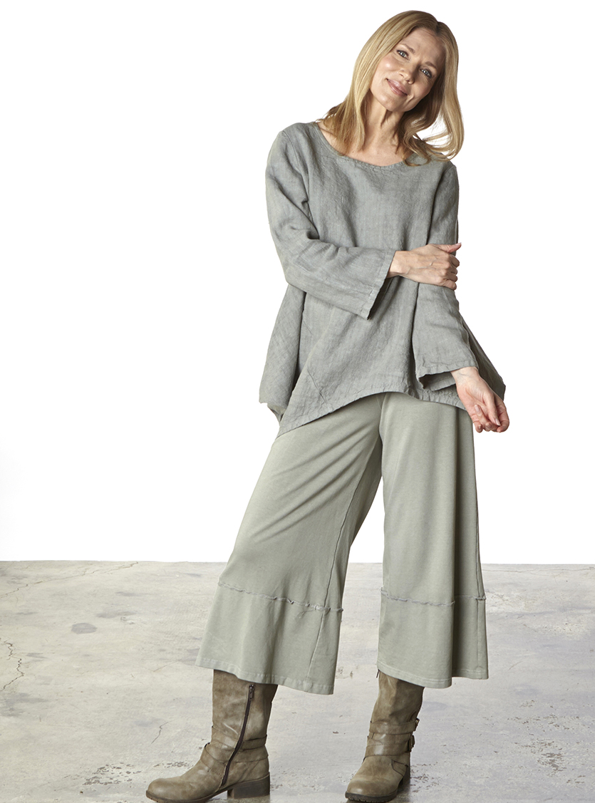 Crop Full Pant in Quiver Bamboo French Terry, Deca Shirt in Quiver Heavy Linen
