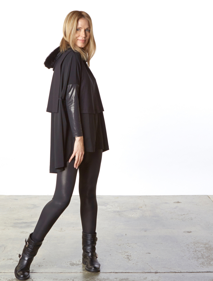 Gabo Tunic, Slim Skirt, Legging in Viscose Jersey & Laminato, Fur Vest