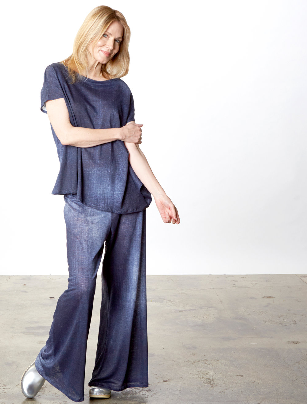Ivy Shirt, Oscar Pant in Blue Italian Stampato Linen