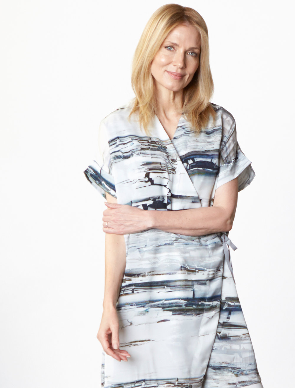 Freja Cardigan in Silver Matrice Italian Polyester