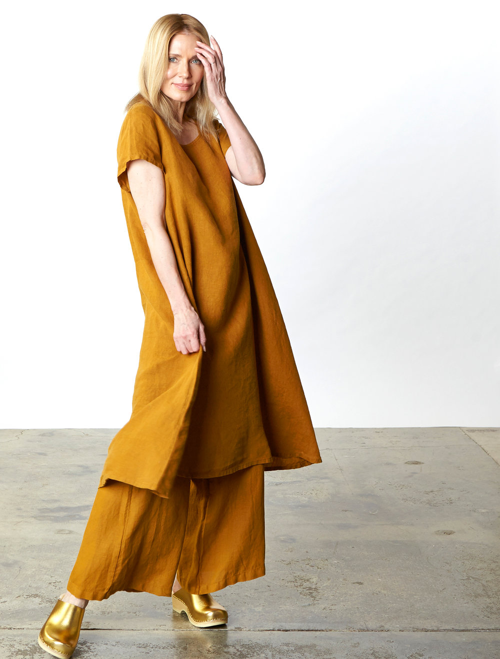 Winslow Dress, Long Full Pant in Honey Light Linen