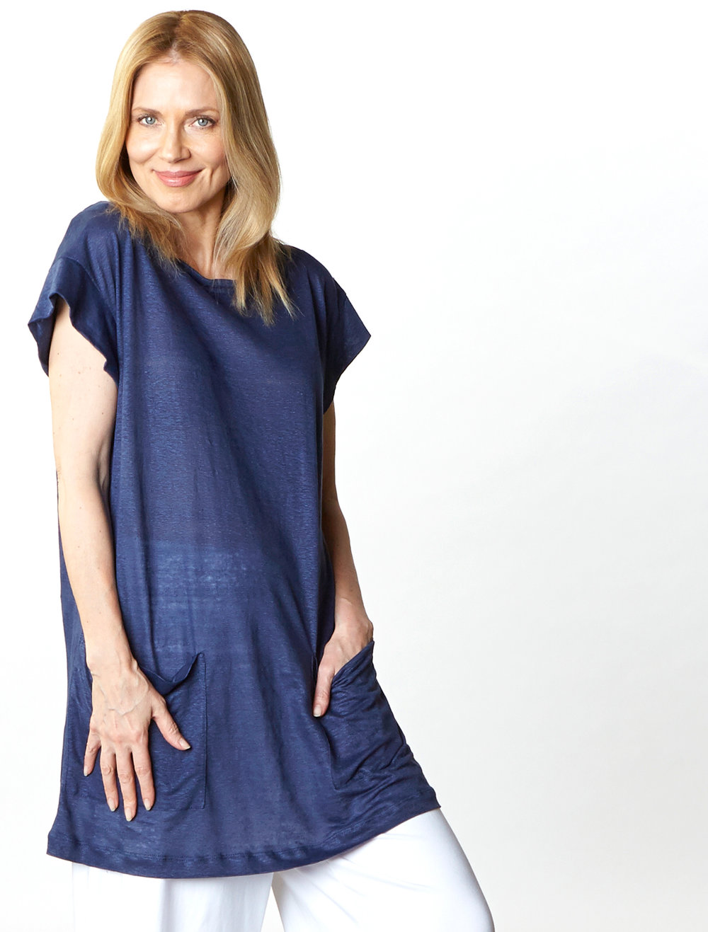Clyde Tunic in Blue Italian Linen Knit, Oscar Pant in White Organic Bamboo Cotton