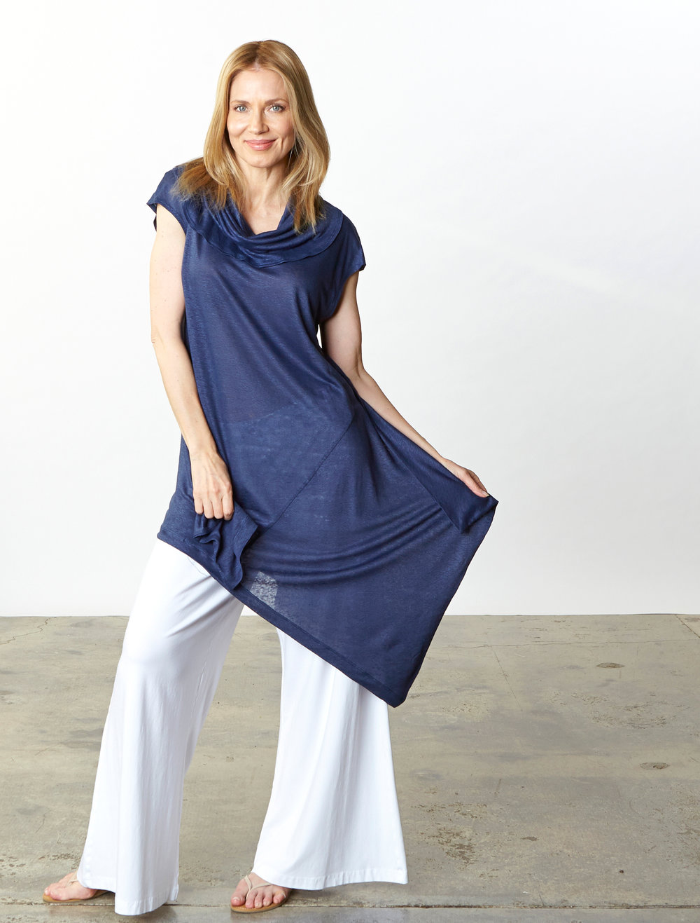Noa Tunic in Blue Italian Linen Knit, Oscar Pant in White Organic Bamboo Cotton