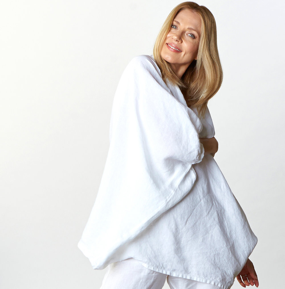 Wilde Tunic in White Light Linen