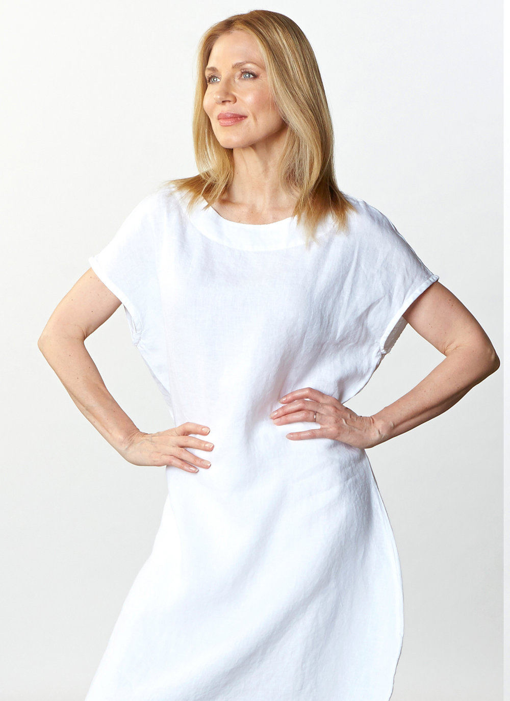 Bubble Dress in White Light Linen