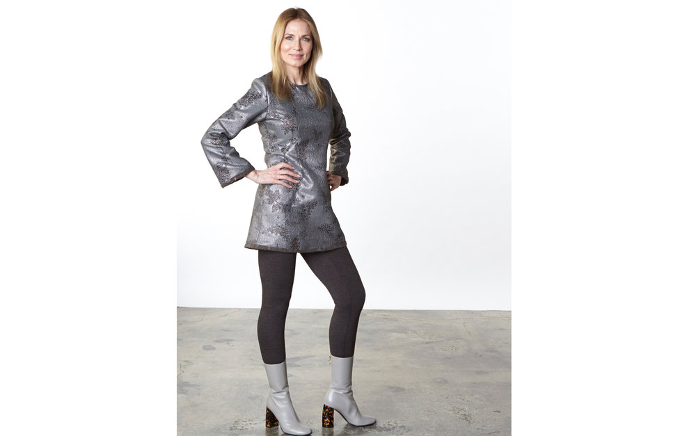 Jules Dress in Taupe/Silver Ready for Bruges, Legging in Chocolate Italian Melange
