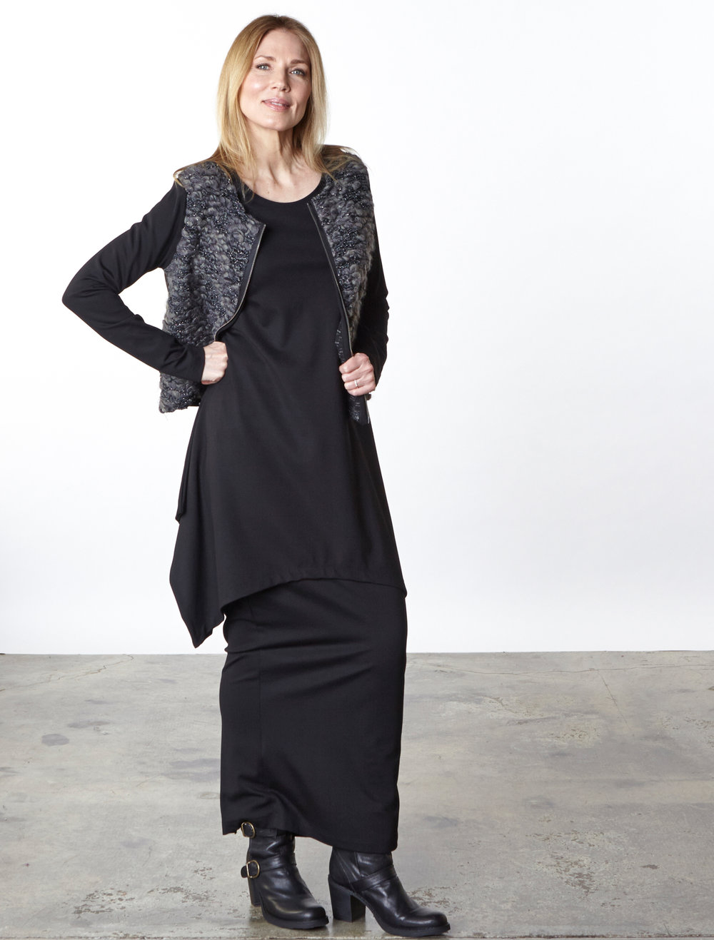 Betz Cardigan in Ready for the Faroes, Chase Tunic, Slim Skirt in Black Modal Ponti