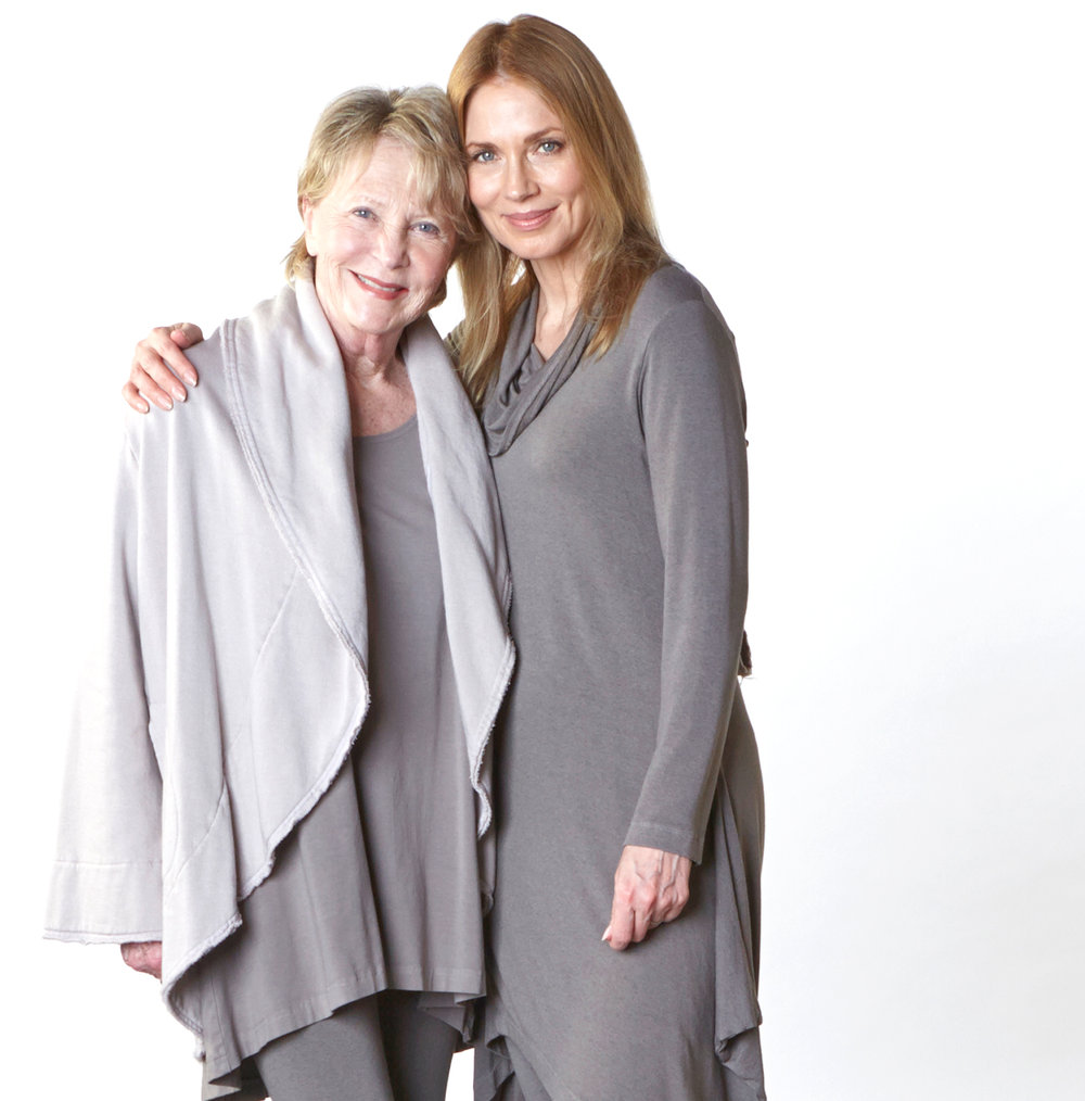 Short Wrap Coat in Daikon Bamboo Fleece, Liam Tunic in Ore Bamboo Cotton, Clancy Tunic, Legging in Ore Grey French Terry