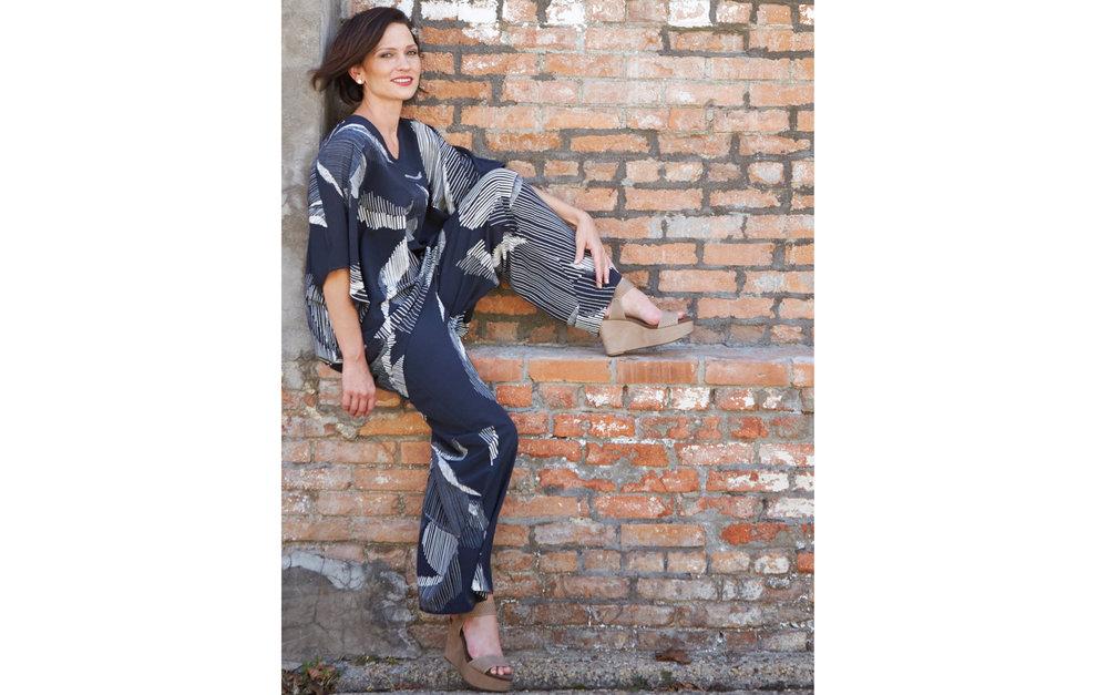 Raquel Tunic, Long Full Pant in lndaco Italian Foglia Print