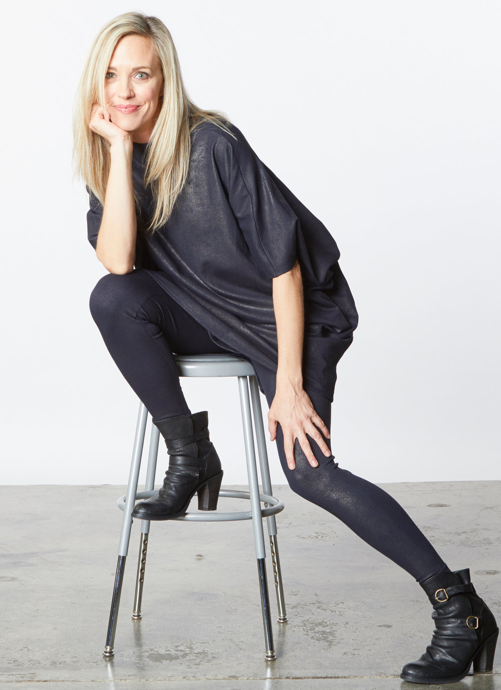 Rachel Tunic, Low Rise Legging in Midnight Milano Laminato