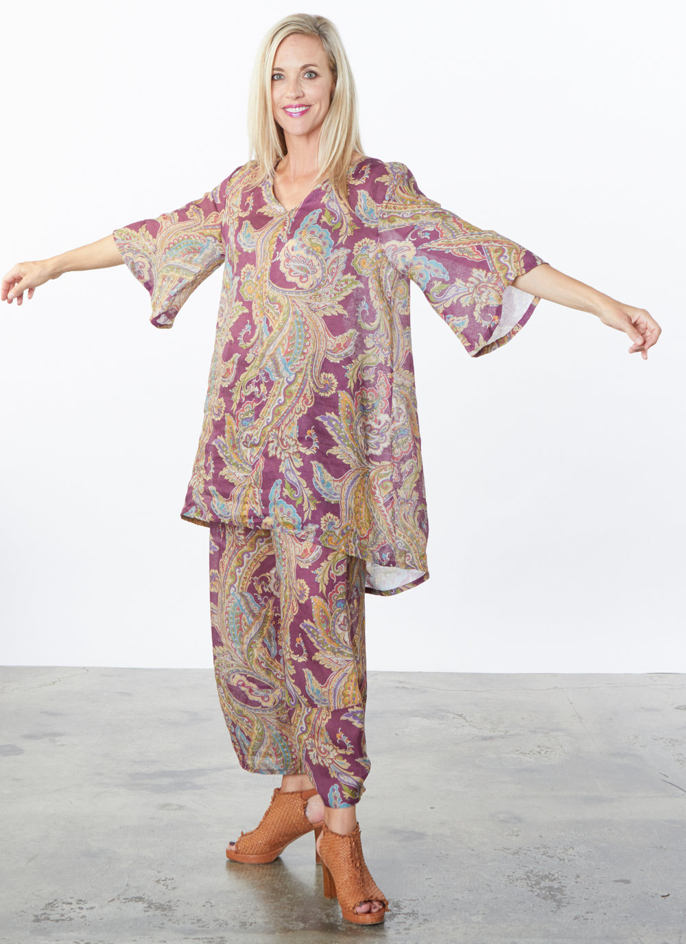 Lilia Tunic, Oliver Pant in Viola Paisley Print Linen