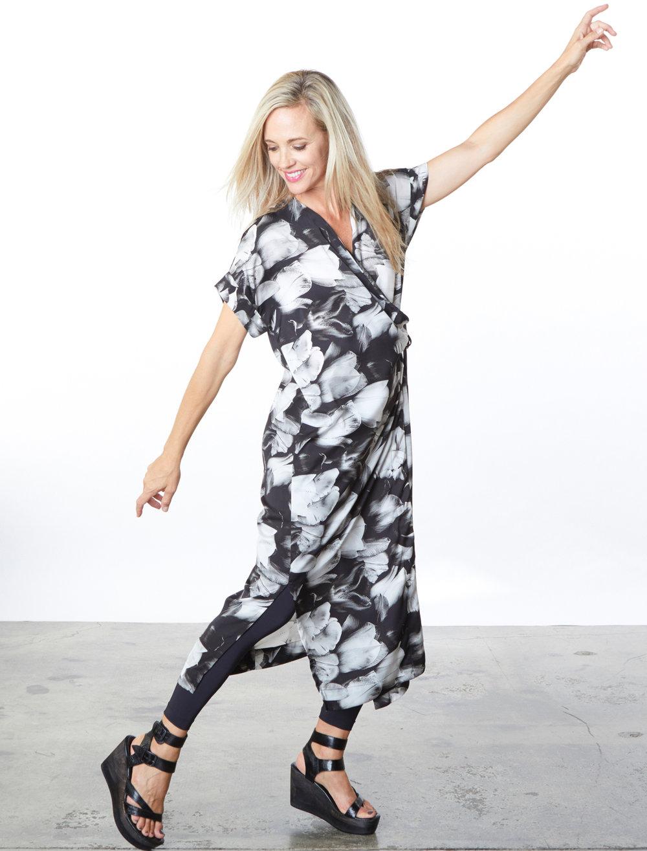 Long Freja Dress in Black Tulip Print, Legging in Black Microfiber Jersey