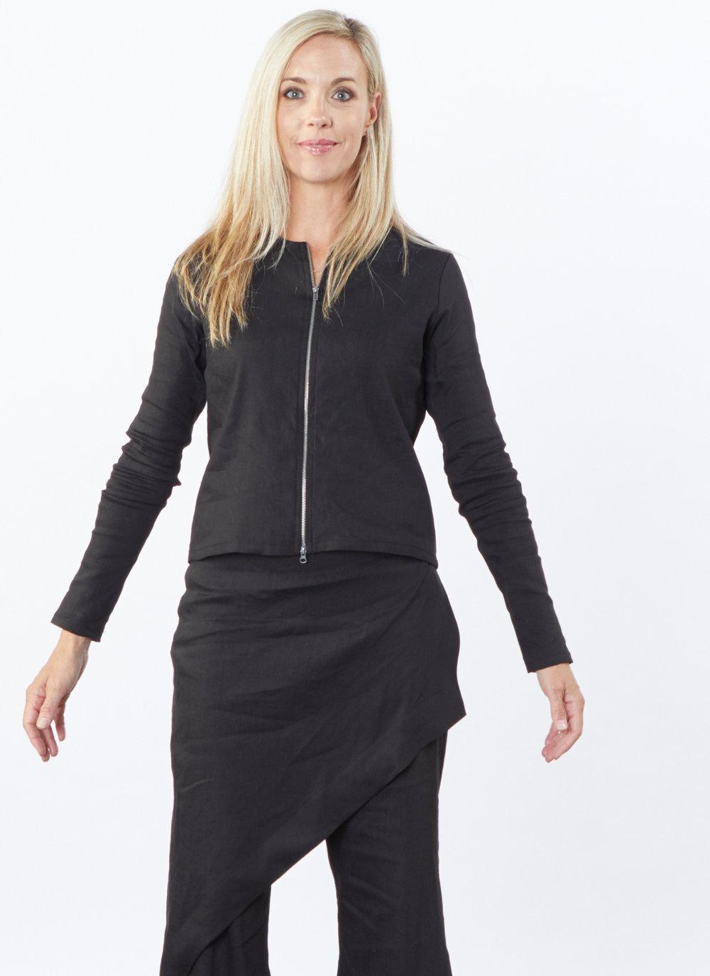 Betz Jacket, Sofia Pant in Black Ready for Bologna