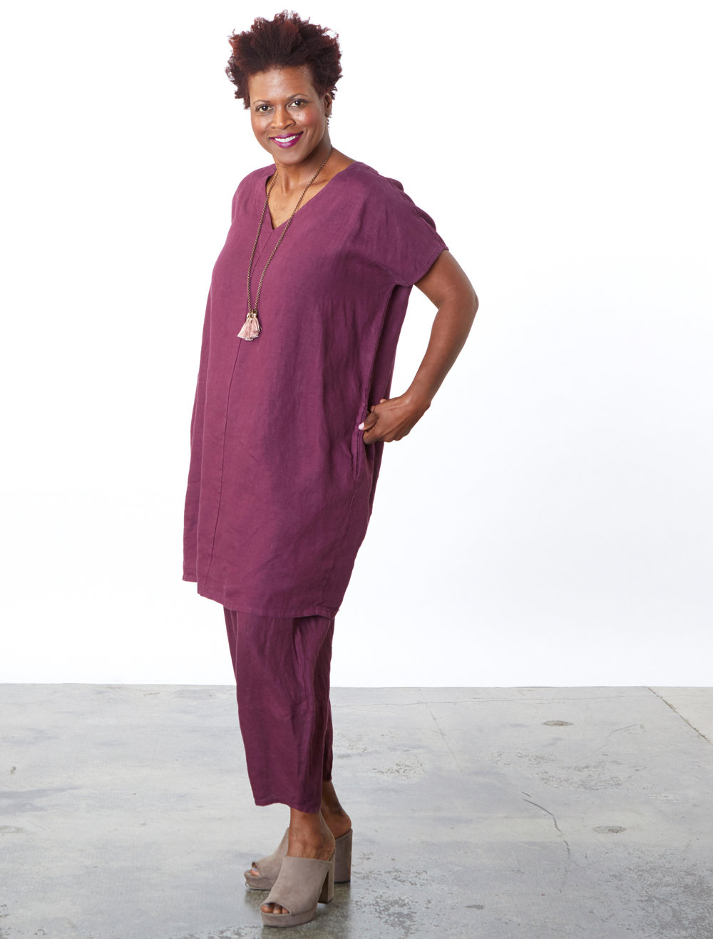 Regan Tunic, Oliver Pant in Mangosteen Light Linen