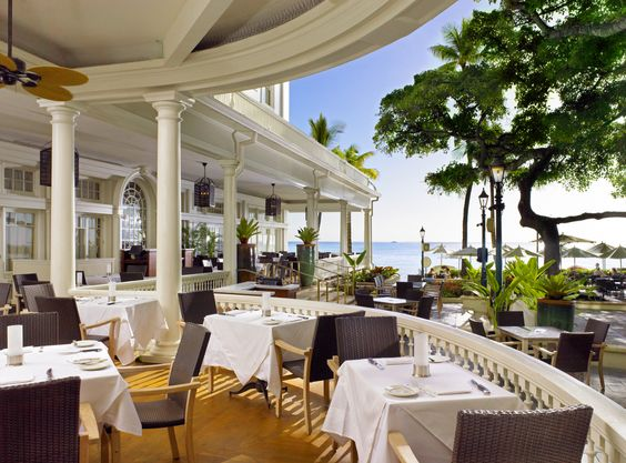 Verandah at Moana Surfrider