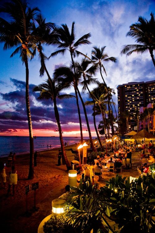 Sunset at Dukes Waikiki beach