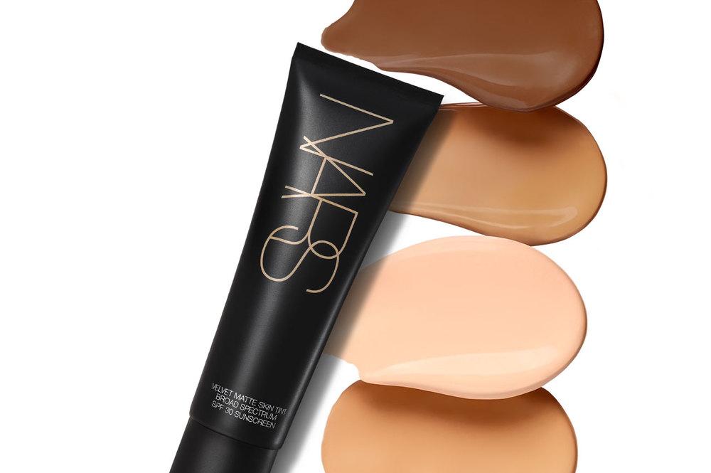 Nars Velvet Matte Skin Tint comes in 12 shades.