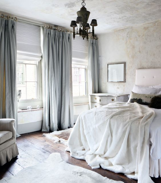linen curtains 2.jpg