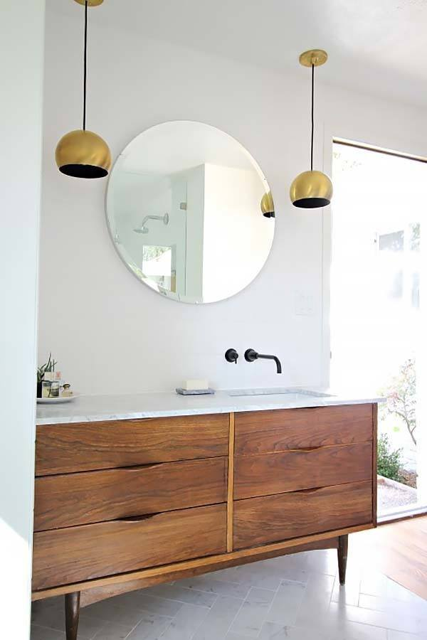 Mid-Century-Modern-Bathroom-Ideas-10-1-Kindesign.jpg