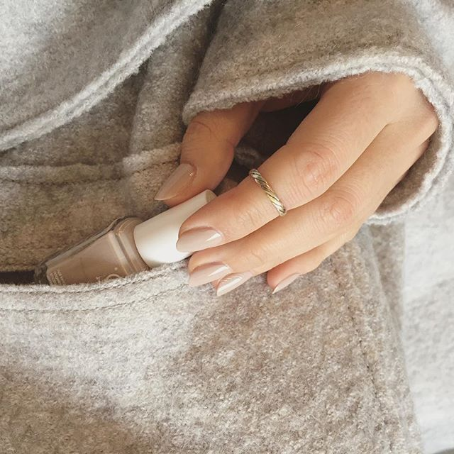 How to find the perfect nude nail colour