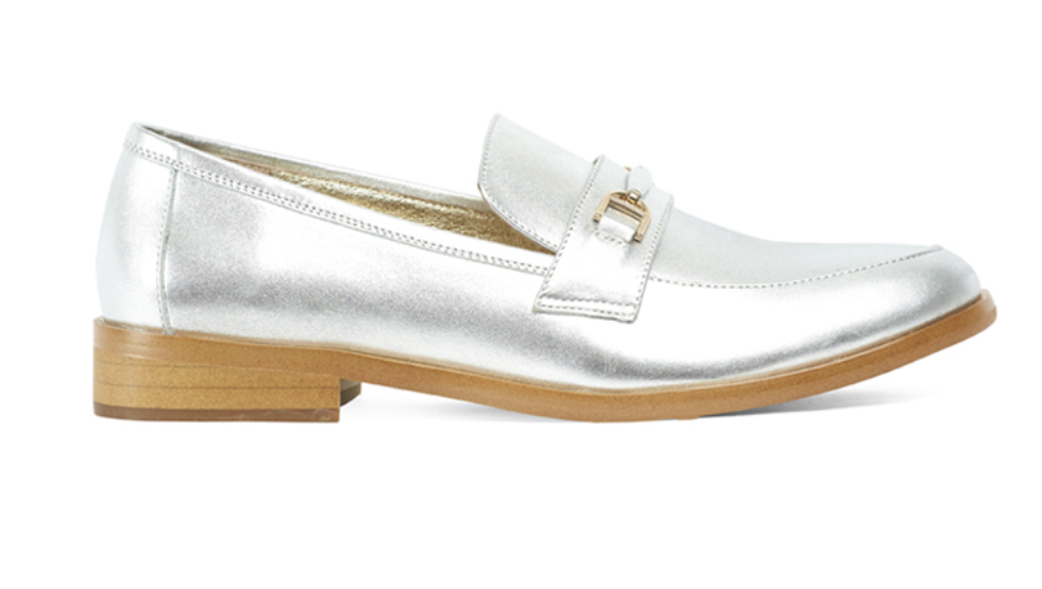 Miss Wilson Elena loafer in silver