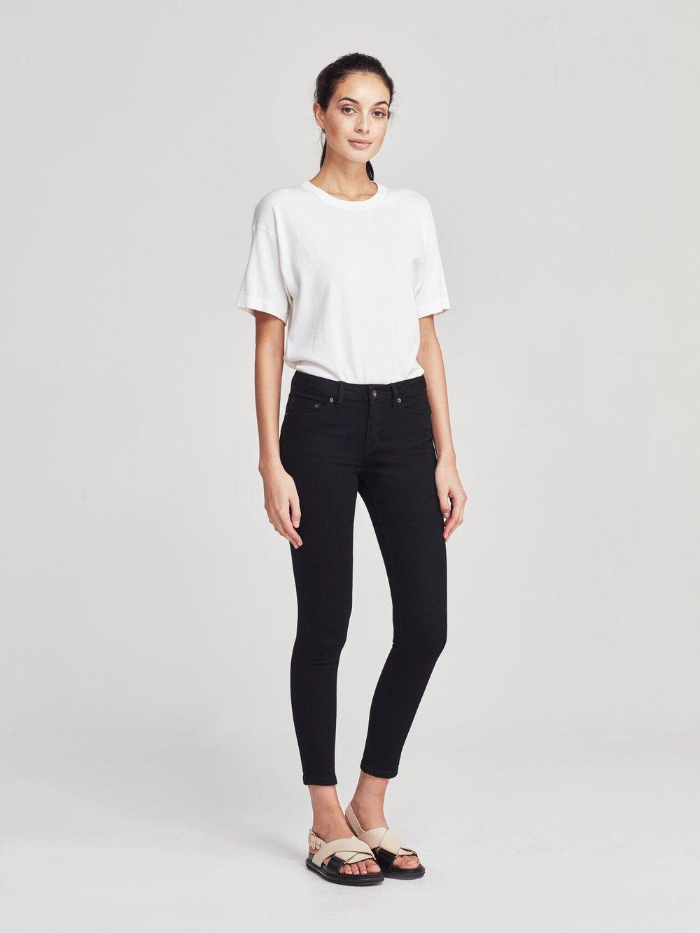 JH Denim  ankle skinny jean (denim) black rinse on model
