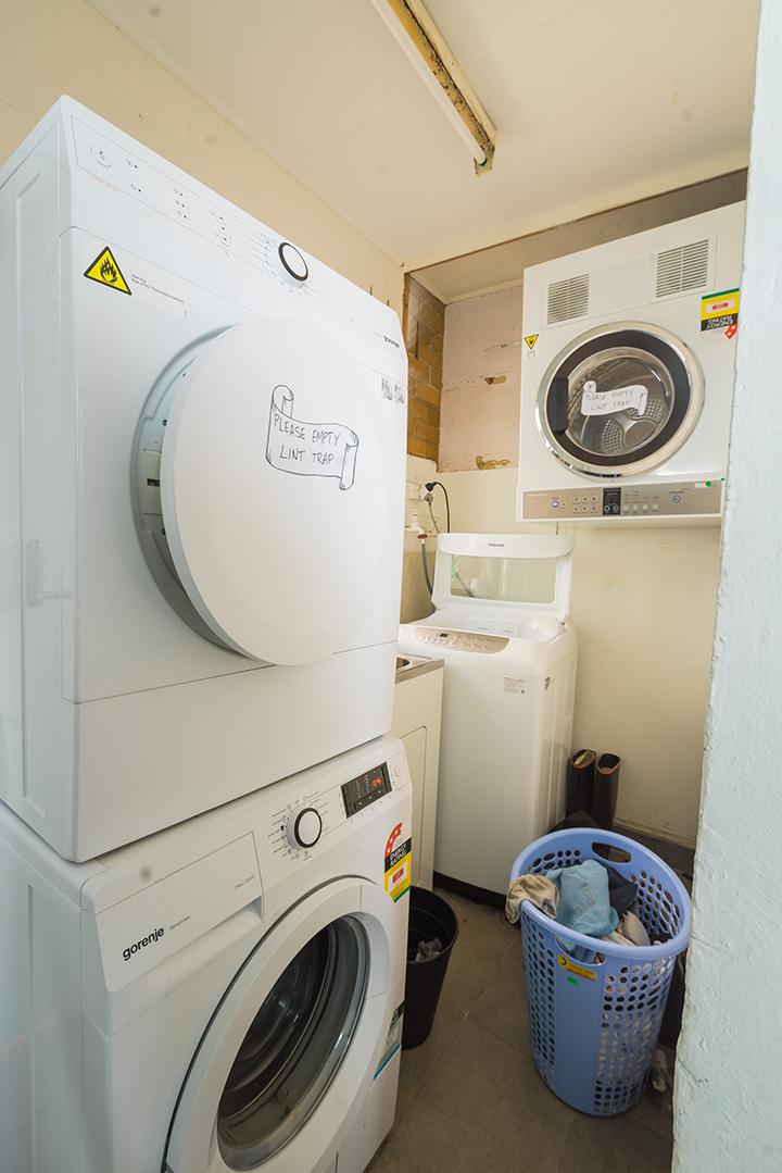 1119Westburylaundry.jpg