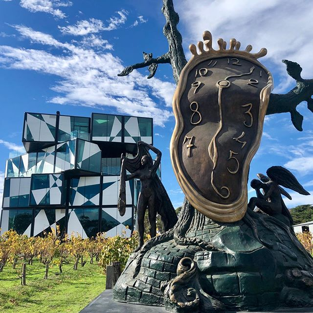 So I like to mix up where I work from, it keeps things interesting. Today it was @pollyswinelounge at the iconic @darenbergwine cube in #McLarenVale. The Dali exhibition looks great, has anyone checked it out yet (and tasted some lovely wine whilst at it) ? 🙌👌🍷🍷 #darenbergcube #darenbergwine #mobileoffice #digitalnomad #smallbusiness #businessownerlife #winery #cellardoor #tastingroom #seesouthaustralia #fleurieupeninsula #thecube #salvadordali #daliexhibition #sculptures #wineandart #officeinspiration #worklife