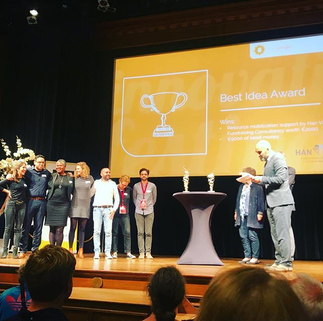 Fantastic achievement for the most promising ideas that we jointly coached throughout the #partos #spindle summer labs.  Congratulations #zinc #skinnapp #onlineechoes!  #innovationfestival  #andthepeople