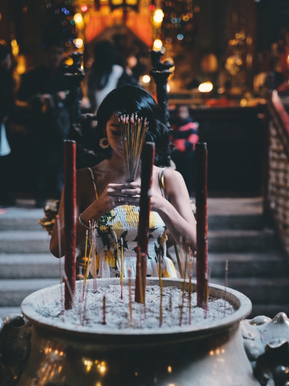 Man Mo Temple 124-126 Hollywood Road, Sheung Wan Shot by @yungflaco