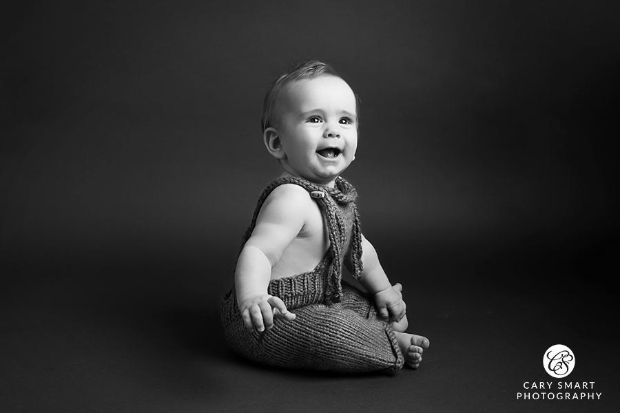 Baby milestone photo session Newport Chepstow Caldicot Cardiff Monmouth Abergavenny