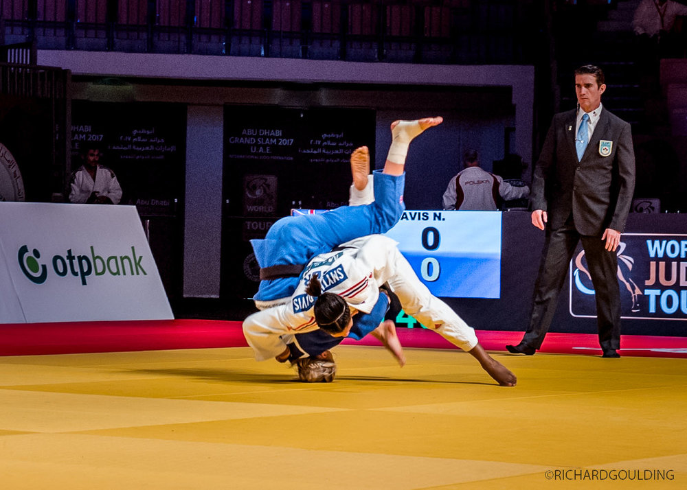 Nekoda Smythe-Davis (GBR) throws Anastesiia Konkina (RUS) in the first 19 seconds at the Abu Dhabi Judo Grand Slam 2017, Nekoda went on to take the bronze medal.  #judoabudhabigrandslam2017